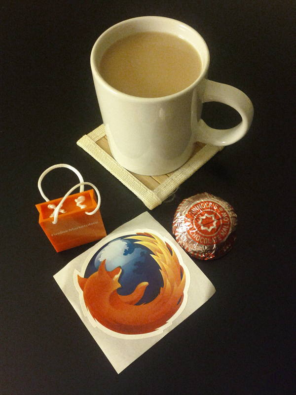 Tea, tea cake, usb key, firefox sticker